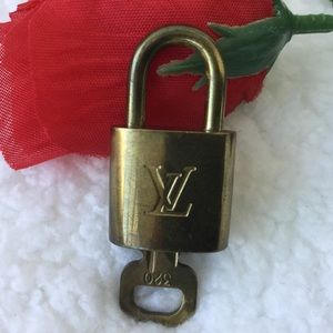 Louis Vuitton Set of 🔒 Padlock & 🔑 Key #320 🔐